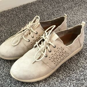 TOMS Beige Suede Sneakers